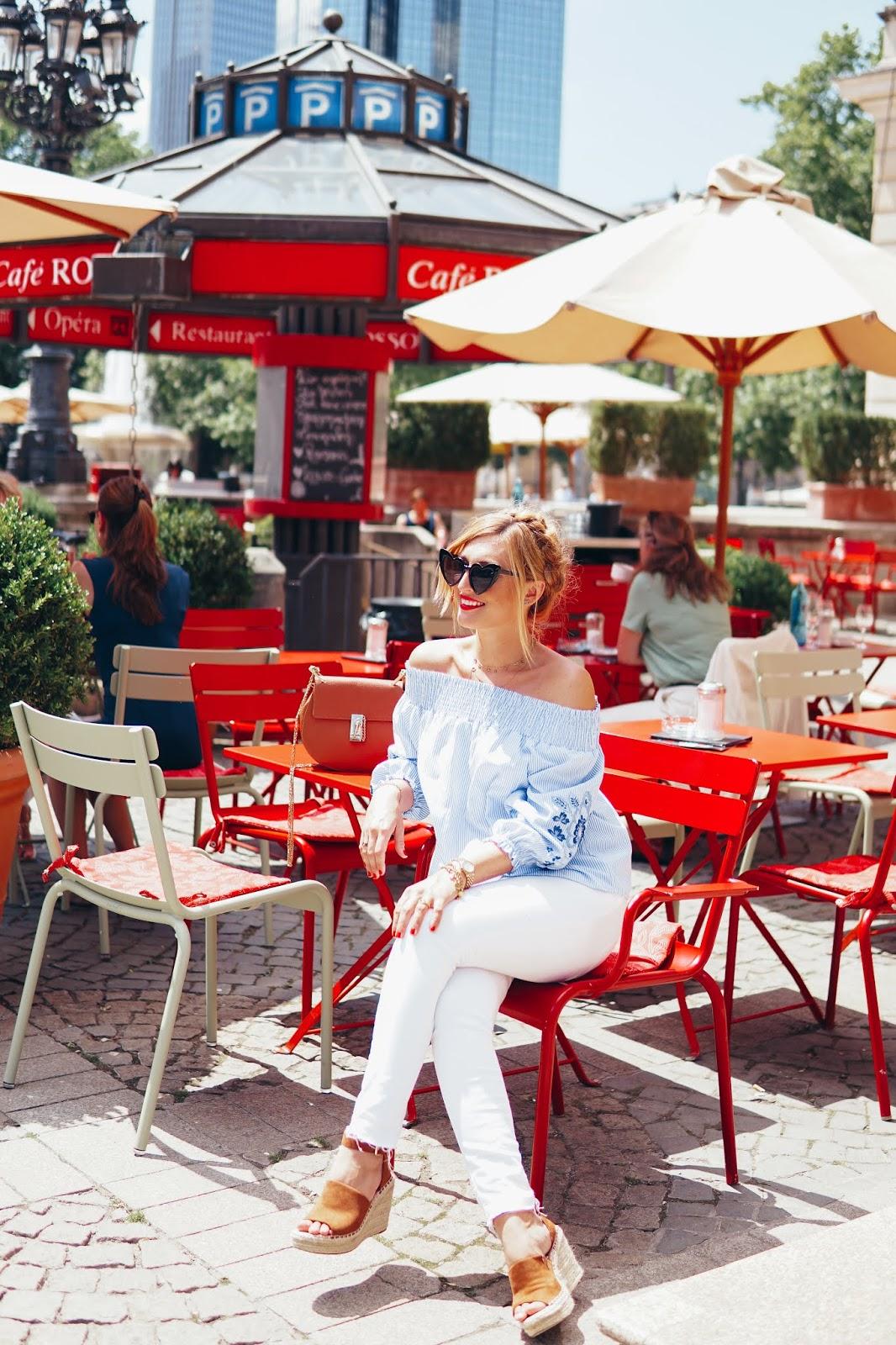 Wie kombiniert man eine Weiße Jeans-bloggerstyle