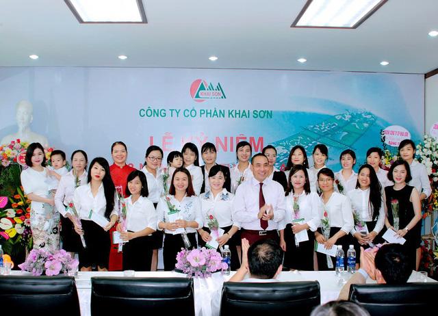 Đội ngũ nhân viên Khai Sơn