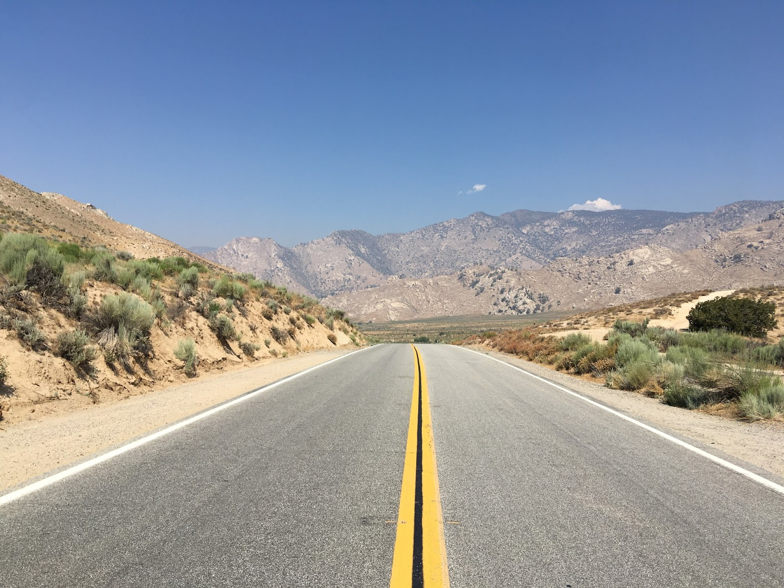 the terrain of ca 178 levels and follows north fork kern river towards lake isabella there are some really nice vista views from the shoulder and on from