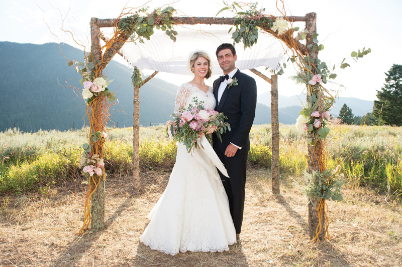 Montana Bride + Groom / Chuppah / Amelia Anne Photography