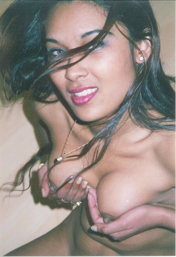 Mallu Big Boobs Desi Busty Aunty Xxx Gallery