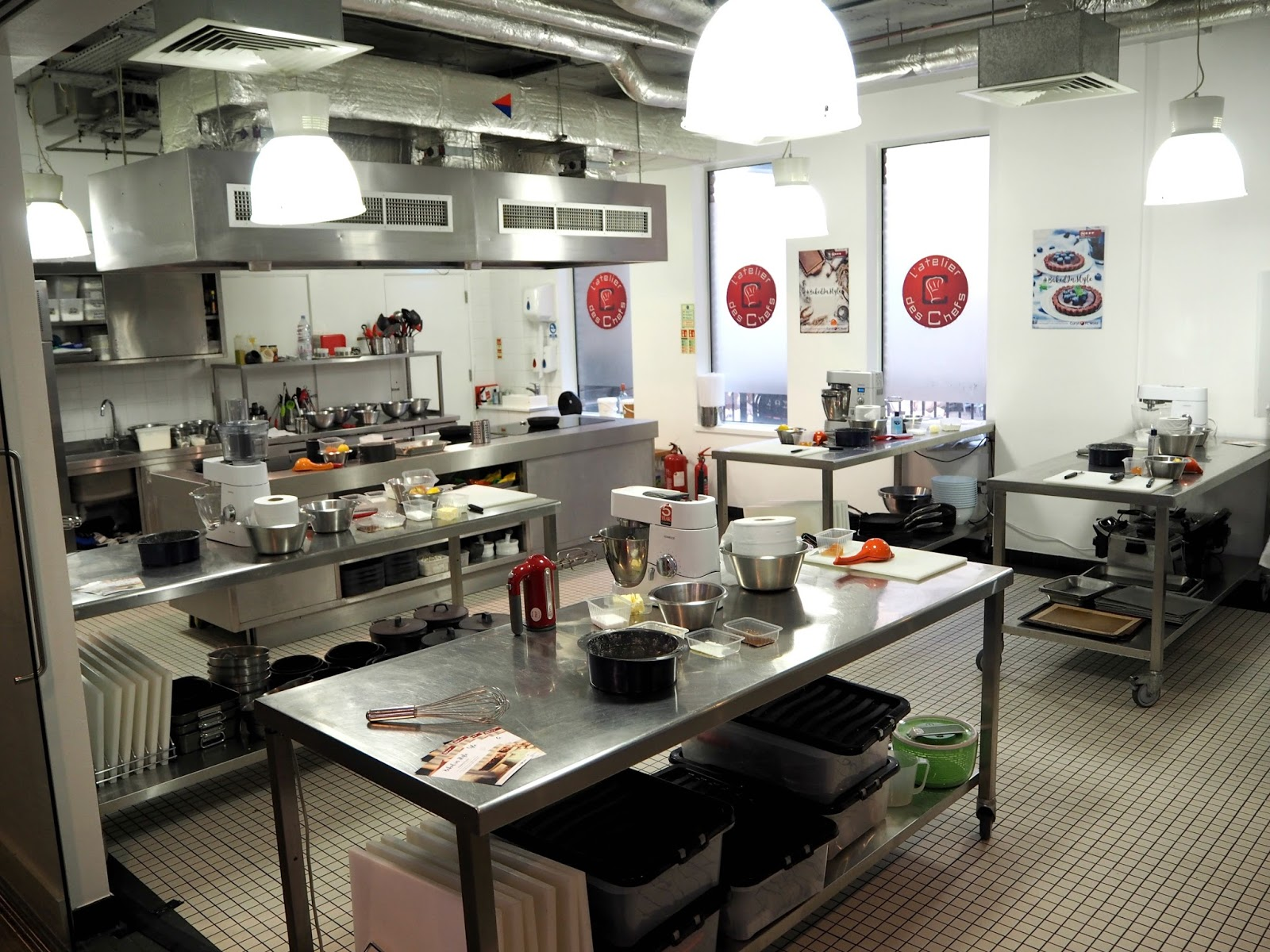 L'atelier des chefs showroom kitchen st. pauls london