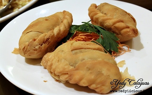 Baked Chicken Empanada Curry Dimsum Eat-All-You-Can at The Phoenix Court of The Bellevue Manila