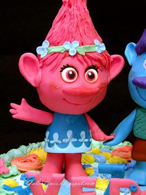Poppy de trolls fondant