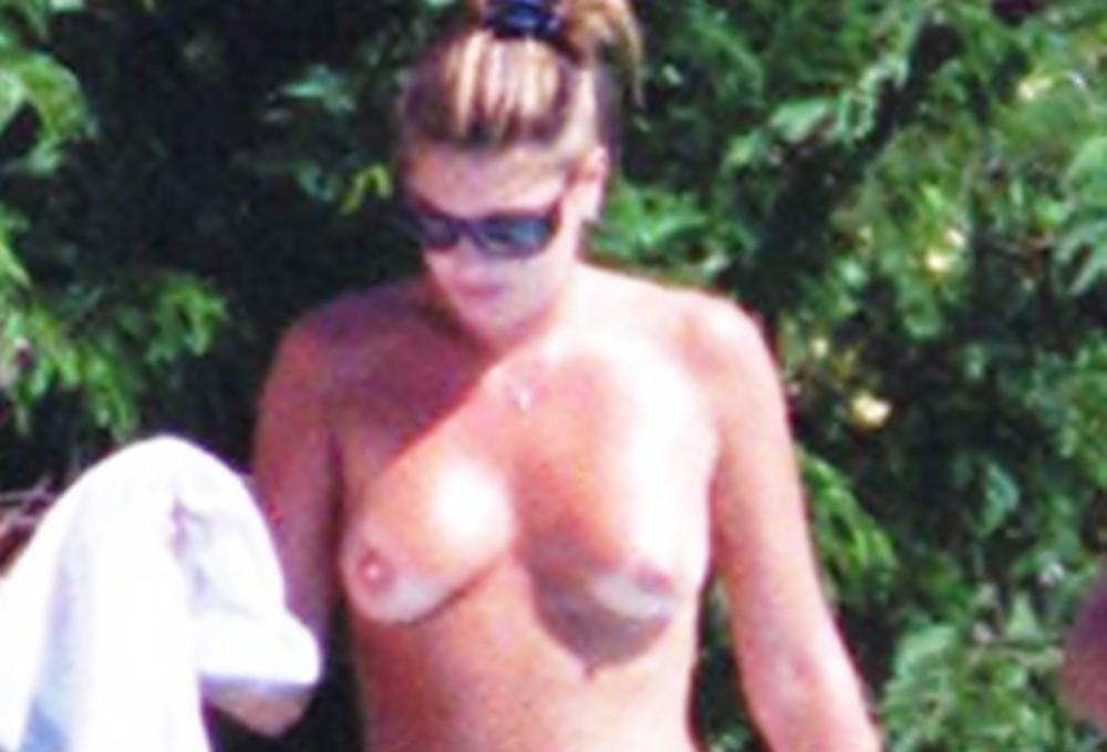 Daisy Fuentes Naked 24