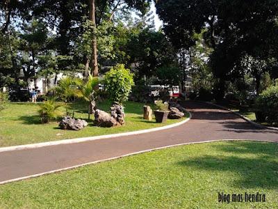 Pepohonan Rindang - Blog Mas Hendra