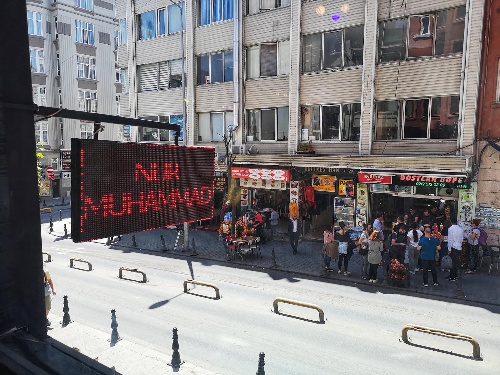 15 Perkara Yang Saya Lihat Dari Jalanan Istanbul 7