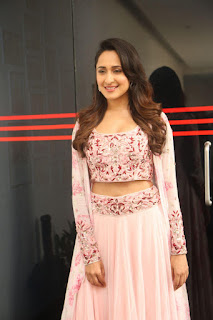 Pragya Jaiswal in stunning Pink Ghagra CHoli at Jaya Janaki Nayaka press meet 10.08.2017