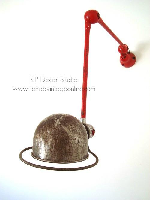 Lámpara jielde estilo industrial dos brazos articulados. Francia