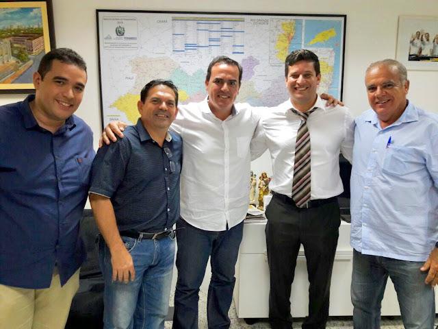 João Fernando firma aliança com oposição em Xexéu