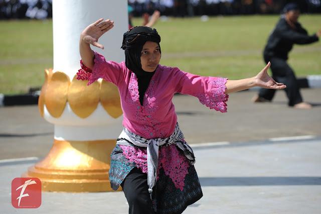 http://www.awasdisini.com/ - Salah satu Pesilat Perempuan Kota Sukabumi