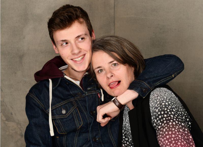 Spassige Aufnahme Fotoshooting mit meinem Sohn