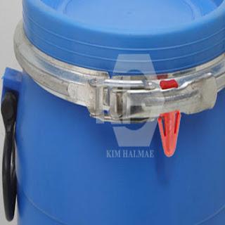 Cách niêm phong thùng nhựa đựng hóa chất