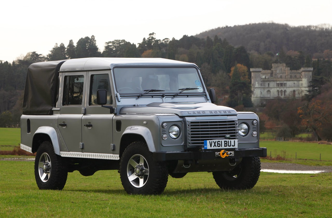 169 Automotiveblogz 2012 Land Rover Defender 110 Double Cab