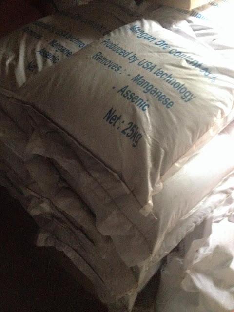Quặng mangan đóng bao 25kg