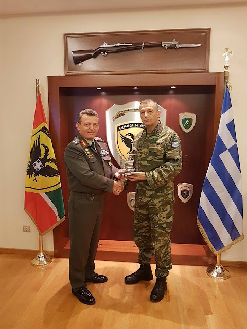 Αρχηγός ΓΕΣ: Τι συζήτησε με τον Αρχηγό ΓΕΕΦ Ηλία Λεοντάρη