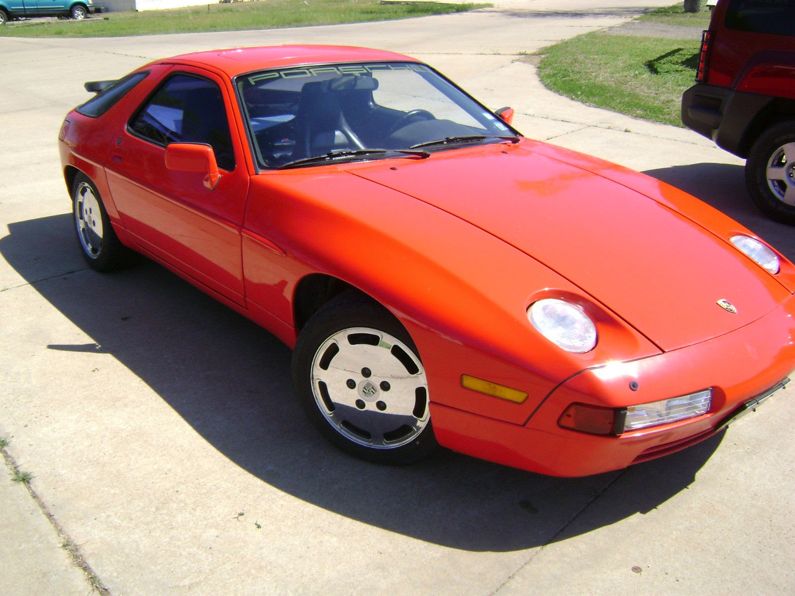 Porsche 928 With Chevy Engine For