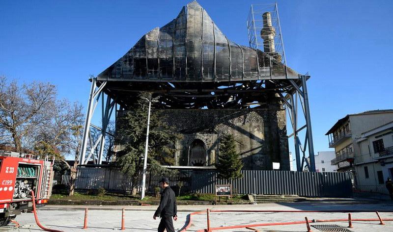 Διδυμότειχο: Επείγουσες στερεωτικές εργασίες στο Τέμενος Βαγιαζήτ