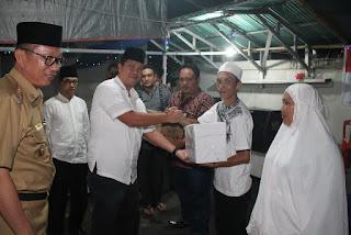 Safari Ramadhan Pemprov Sulut, Wagub Serahkan Bantuan Kepada Jamaah Masjid Ulu Siau