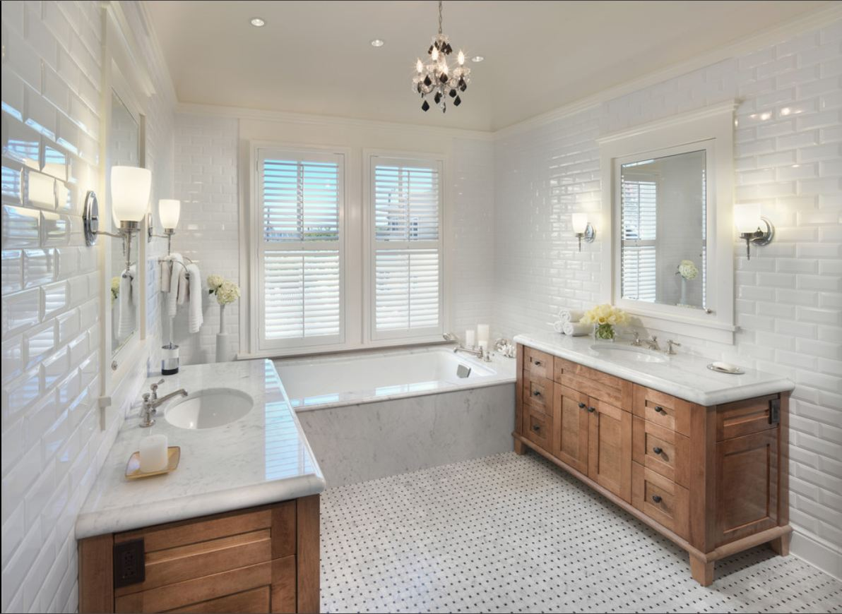 Wood Floors And White Wainscoting ! Home Decor
