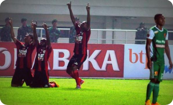 Menang 3-1, Persipura Tundukkan PS TNI