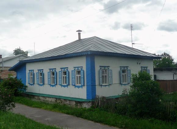 Батурин. Вулиця Віктора Ющенка. Житловий будинок