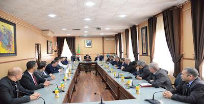 وزيرة التربية الوطنية تجتمع مع المكتب الوطني الجديد للاتحادية الجزائرية للرياضة المدرسية