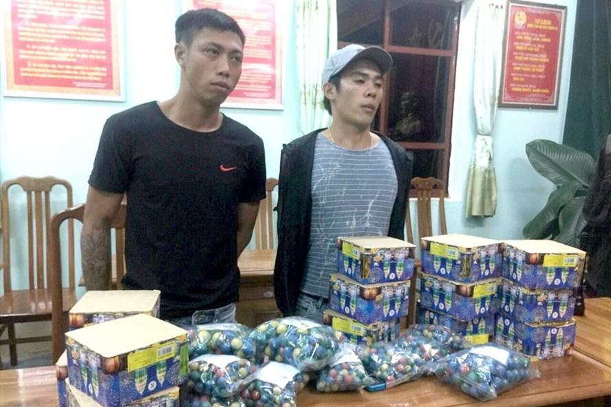 Đi tuần tra, cảnh sát cơ động Gia Lai bắt gọn nhiều thanh niên mang theo súng, ma túy... 'đi chơi'