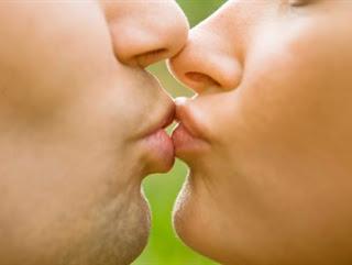 Sonhar beijando ex-namorado