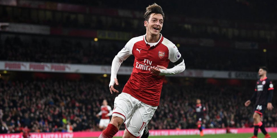 Giroud: We never doubt Ozil's Quality