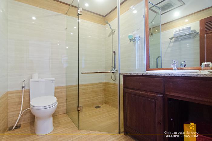 Kiman Hotel Hoi An Toilet & Bath
