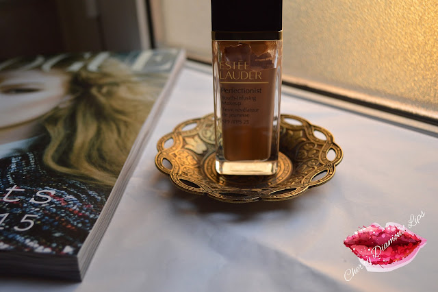 Perfectionist Youth-Infusing Makeup, #3W2 Cashew, Estée Lauder