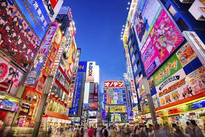Akihabara, surganya para otaku