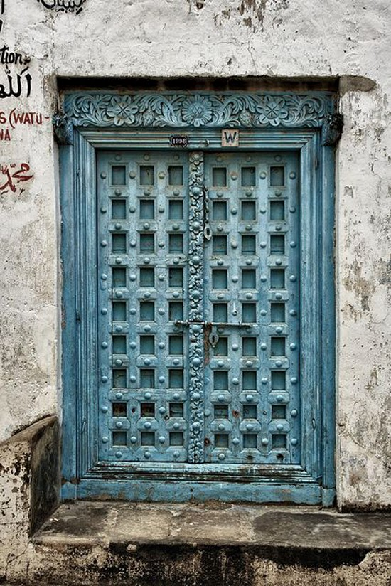 Safari Fusion blog | Africa here we come! | Doors of Zanzibar © Neil Dakeyne