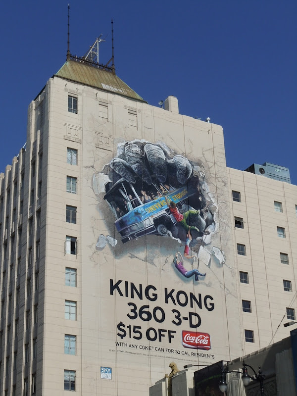 King Kong 360 3D ride billboard