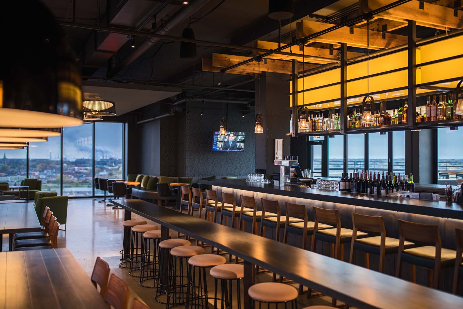 Rooftop Bar Experience In Toledo Ohio