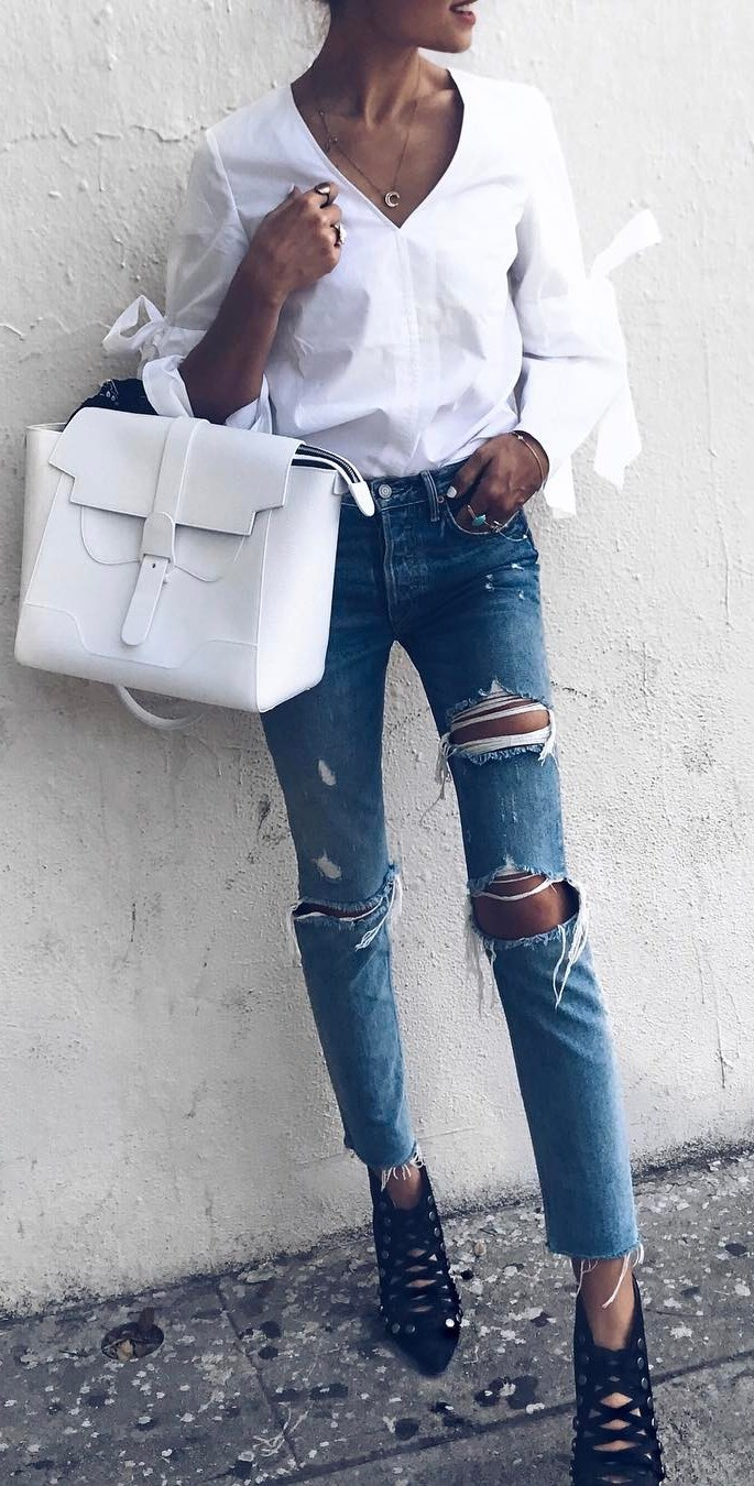 casual style addiction: shirt + ripped jeans + bag