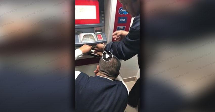 MUCHO CUIDADO: Revelan nueva modalidad de robo al momento de retirar dinero en cajeros automáticos [VIDEO]