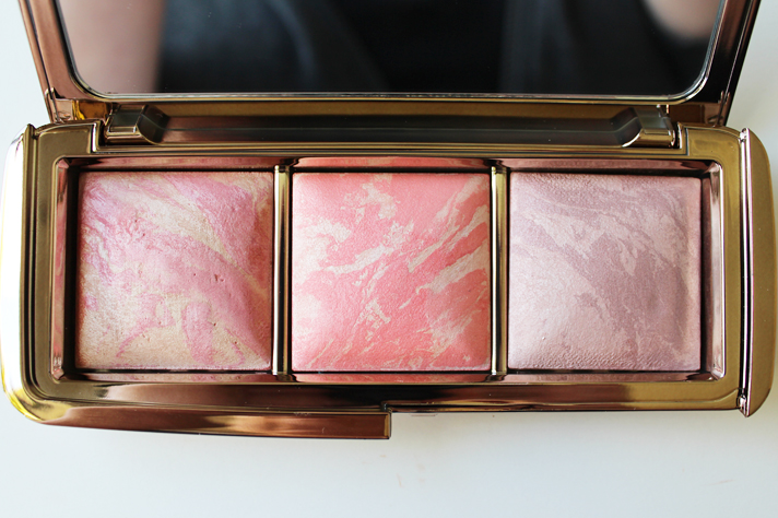 HOURGLASS // Ambient Lighting Blush Palette | Review + Swatches - CassandraMyee