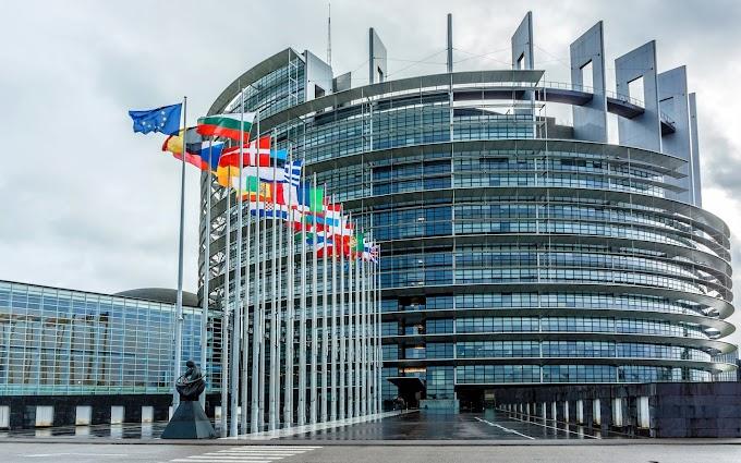 Европейският парламент одобри новите правила за авторското право в интернет