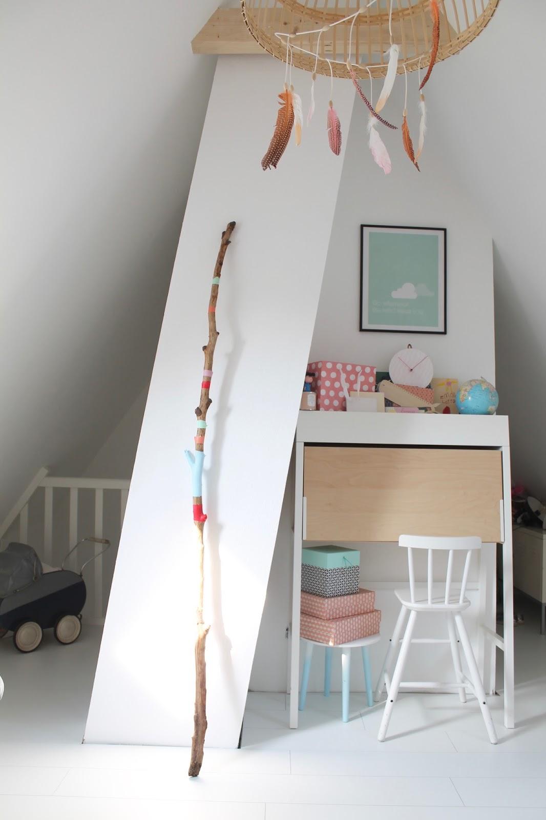 tadaaaaa das hippie tipi kinderzimmer. Black Bedroom Furniture Sets. Home Design Ideas