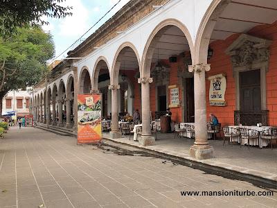 Enjoy Carnitas in Quiroga, a traditional place is El Rey de las Carnitas