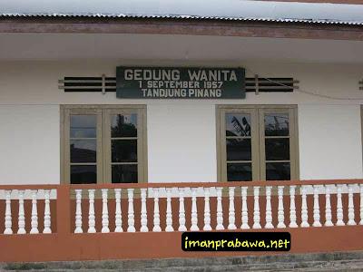 Gedung Wanita Tanjung Pinang