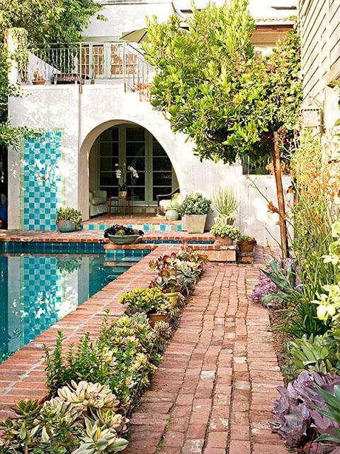 Ideas To Create a Mediterranean Terrace 7