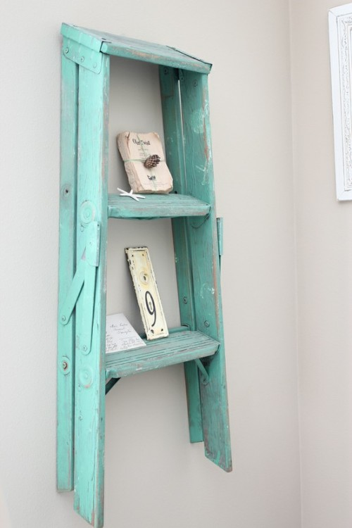 Dishfunctional designs old ladders repurposed as home decor - Etagere murale bleu turquoise ...