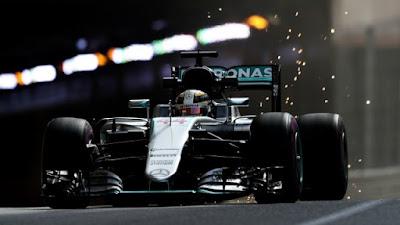 F1 - Hamilton gana bajo la lluvia de Mónaco