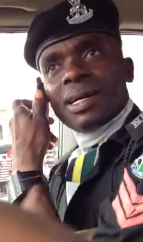 nigerian police officer asking bribe lagos