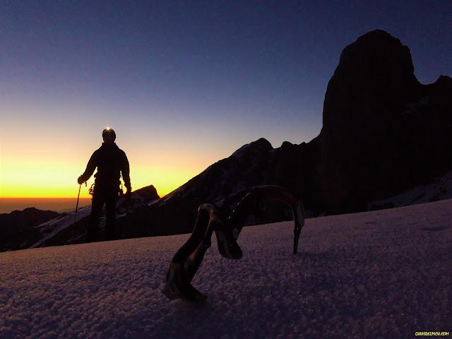 Fernando Calvo, Guia de alta montaña uiagm , picos de europa, , picu Urriellu , Naranjo de bulnes, Escalada en Picos de Europa. Rab, Lowe alpine, camp cassin