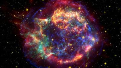 Esplosione supernova rilascia molecole di vita
