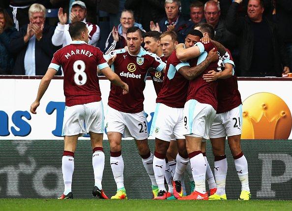 Burnley surpreende e vence Liverpool por 2 a 0